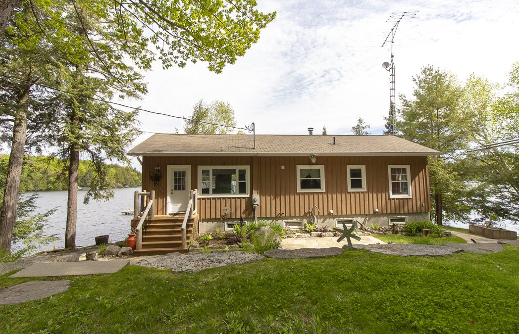 Chandos Lake Cottage